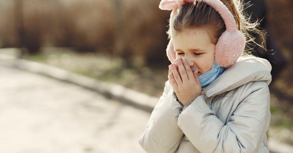 varför nyser man